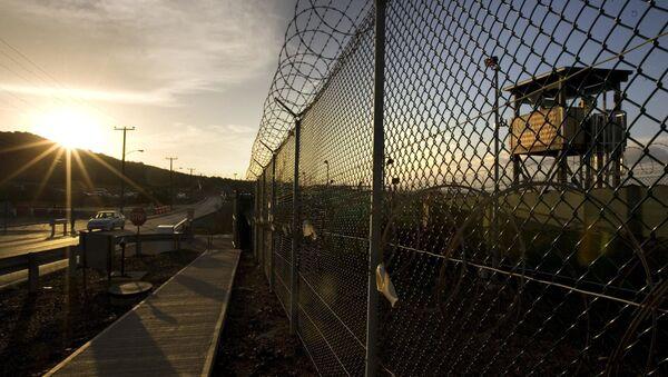 Ogrodzenie wokół obozu Delta na terytorium Guantanamo - Sputnik Polska