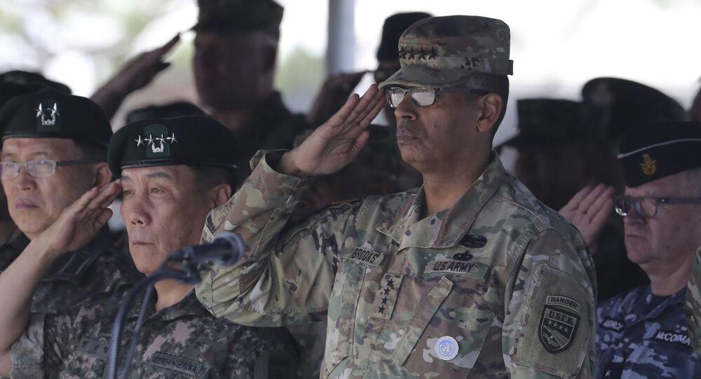 Dowódca sił armii USA w regionie Pacyfiku, generał Vincent Brooks