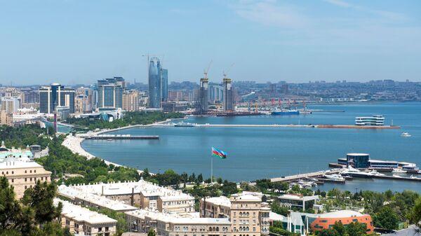 Panorama miasta Baku i Zatoki Bakijskiej na Morzu Kaspijskim - Sputnik Polska