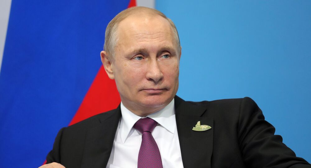 Prezydent Rosji Władimir Putin podczas konferencji prasowej po szczycie przywódców G20 w Hamburgu