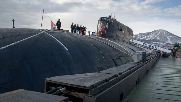 """Atomowy podwodny krążownik rakietowy Floty Oceanu Spokojnego """"Tomsk"""" - Sputnik Polska"""