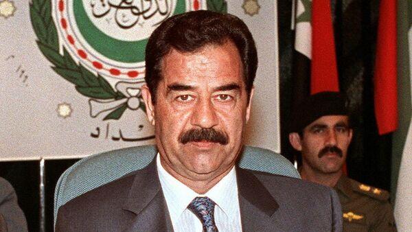 Saddam Hussein w Bagdadzie, 1990 r. - Sputnik Polska