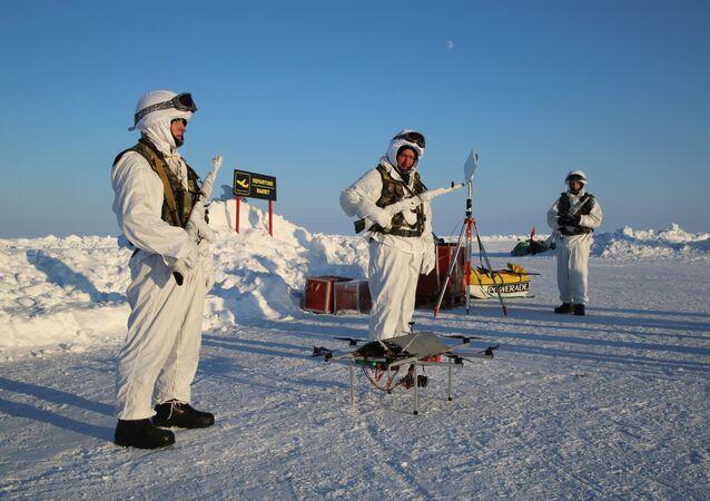 Uczestnicy ekspedycji na Biegun Północny