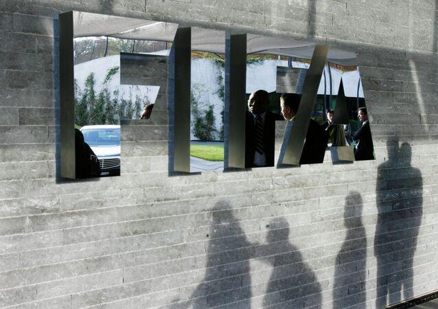 Kraje arabskie wzywają FIFA do odebrania Mundialu-2022 Katarowi