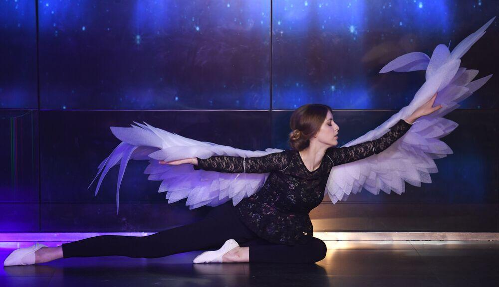 Występ uczestniczki talent show Miss Moskwy.