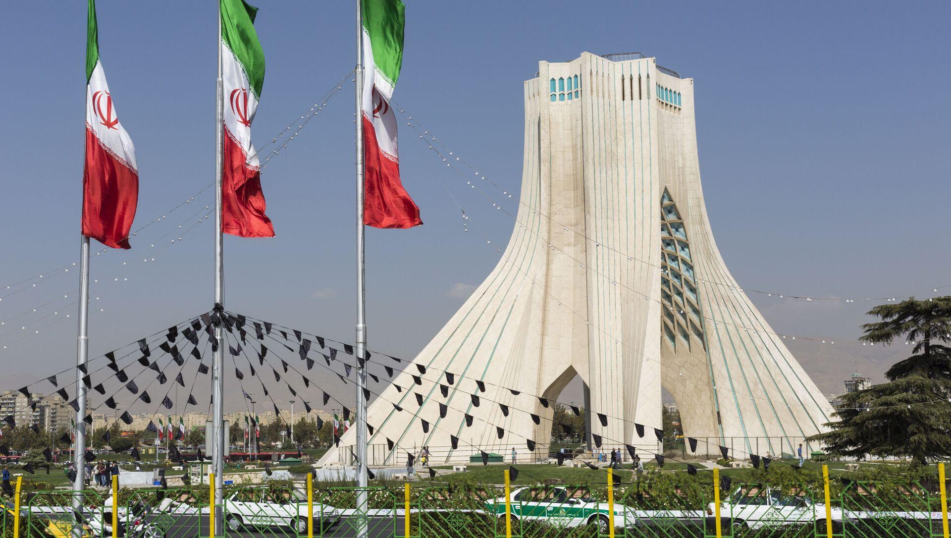 Wieża Azadi w Teheranie - Sputnik Polska, 1920, 02.04.2021