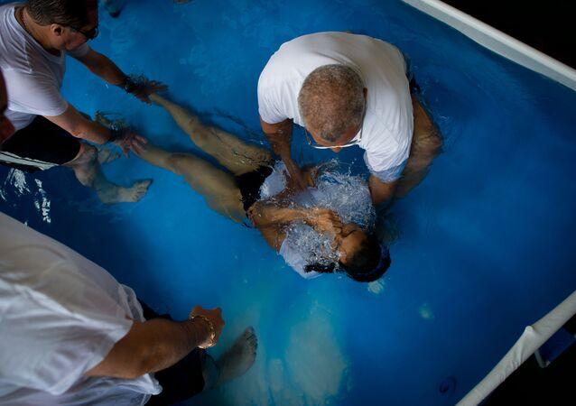 Chrzest Świadka Jehowy