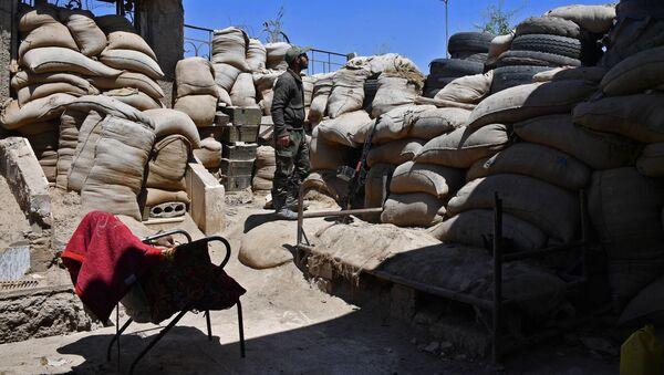 Żołnierze Gwardii Republikańskiej na obrzeżach syryjskiego miasta Dajr az-Zaur - Sputnik Polska