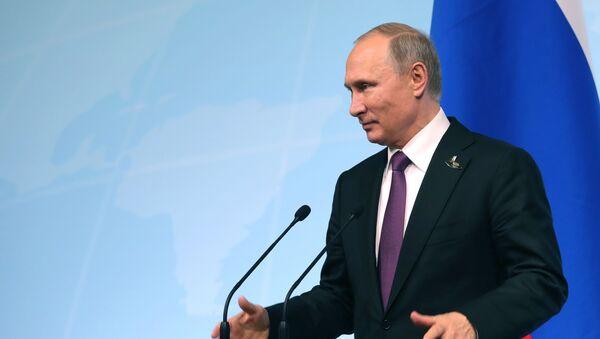 Prezydent Rosji Władimir Putin w czasie konferencji prasowej po szczycie liderów G20 w Hamburgu - Sputnik Polska