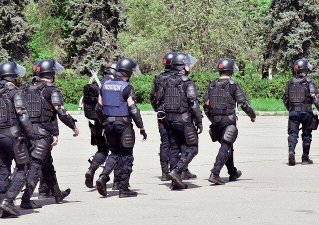 Funkcjonariusze policji w Odessie