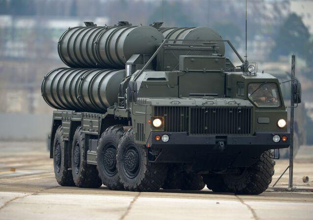 Wyrzutnia rakiet S-400