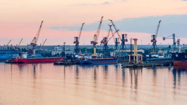 Port w Czarnomorsku - Sputnik Polska