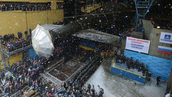 Uroczysta ceremonia wodowania podwodnego krążownika atomowego Kazań rosyjskiej marynarki wojennej w Siewierodwinsku - Sputnik Polska