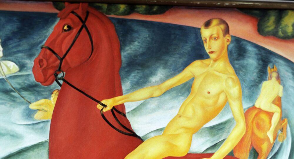 Obraz Kąpiel czerwonego konia rosyjskiego malarza Kuźmy Pietrowa-Wodkina.