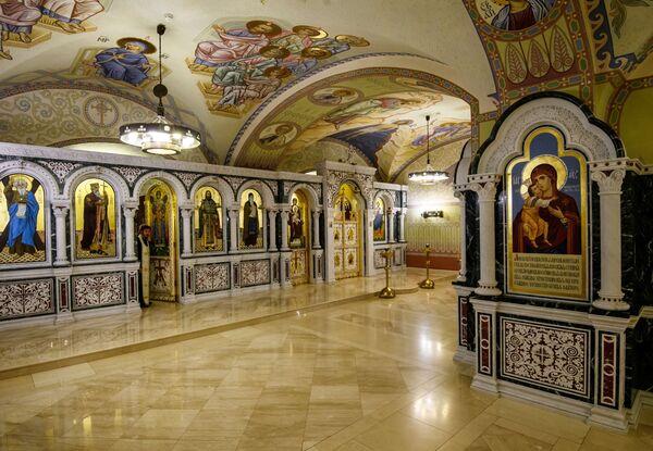 W grudniu 2005 roku w odrestauowanym Soborze św. Mikołaja odbyła się pierwsza od 75 lat liturgia. - Sputnik Polska