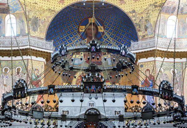 Sobór św. Mikołaja to dziś główna atrakcja turystyczna wyspy Kotlin, na której znajduje się miasto Kronsztad. - Sputnik Polska