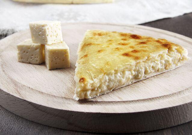 Osetyński pieróg z serem
