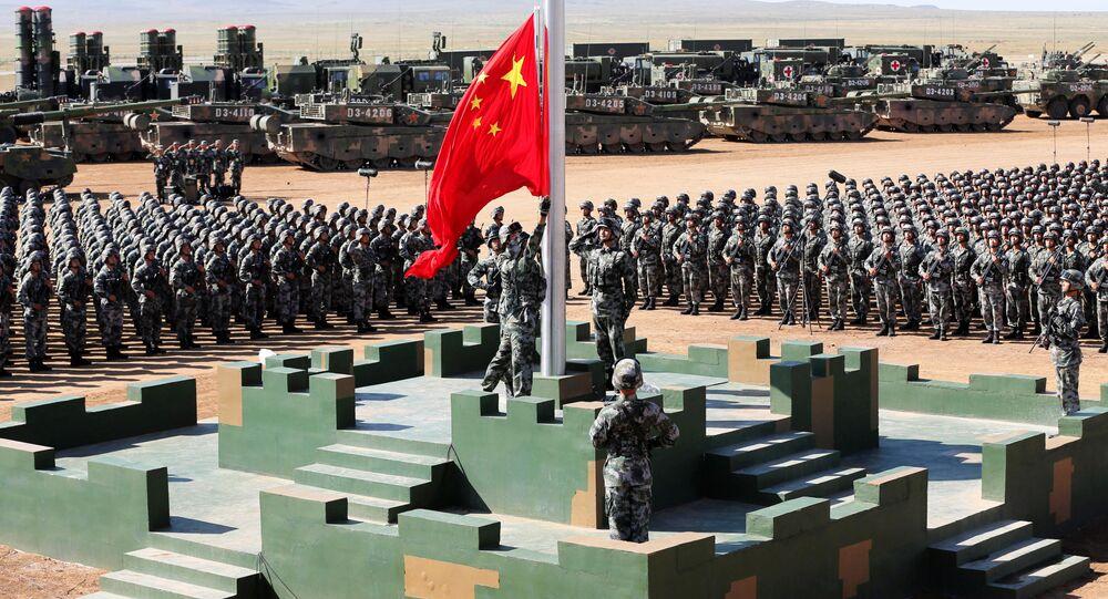 Parada w bazie wojskowej Zhurihe w prowincji Mongolia Wewnętrzna