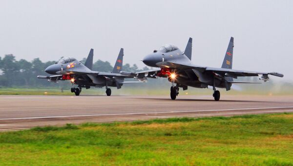 Samoloty SU-30 Chińskich sił powietrznych - Sputnik Polska