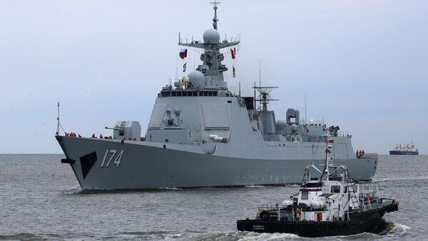 Niszczyciel rakietowy Heifei z oddziału okrętów bojowych chińskiej marynarki wojennej, który przybył do portu w Bałtyjsku, by wziąć udział w rosyjsko-chińskich ćwiczeniach Współdziałanie Morskie 2017 - Sputnik Polska