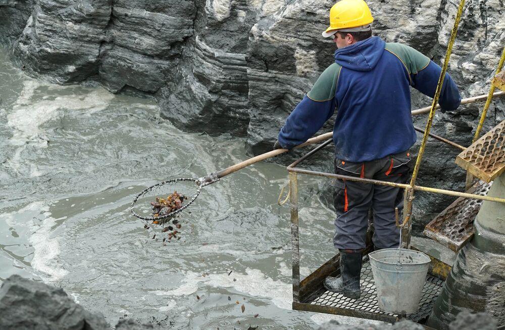 Wydobywanie bursztynu w Kaliningradzkim Zakładzie Bursztynu
