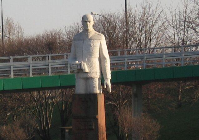 Pomnik Berlinga w Warszawie
