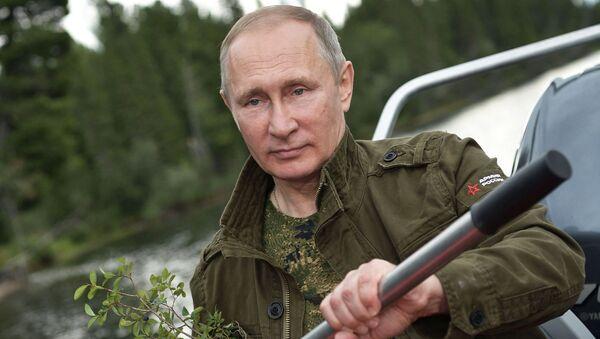Władimir Putin na urlopie w Republice Tuwa - Sputnik Polska