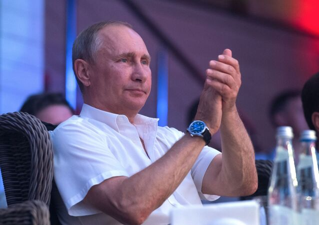 Władimir Putin podczas VIII Międzynarodowego turnieju Sambo bojowe w Soczi