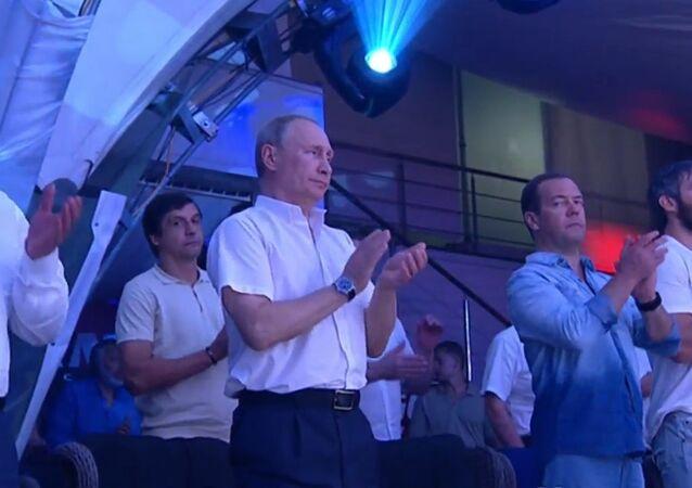 Władimir Putin podczas VIII Międzynarodowego Turnieju Sambo w Soczi