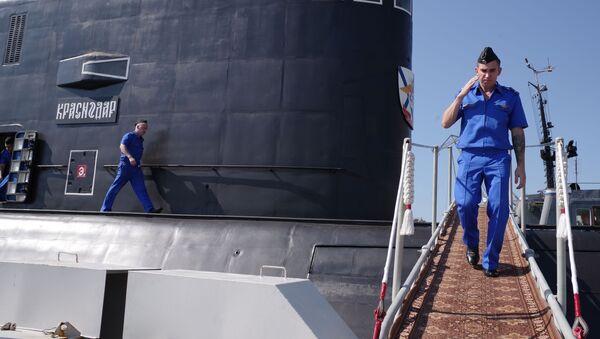 Załoga nowego okrętu podwodnego Krasnodar w Sewastopolu - Sputnik Polska