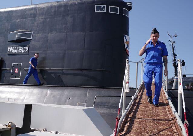 Załoga nowego okrętu podwodnego Krasnodar w Sewastopolu