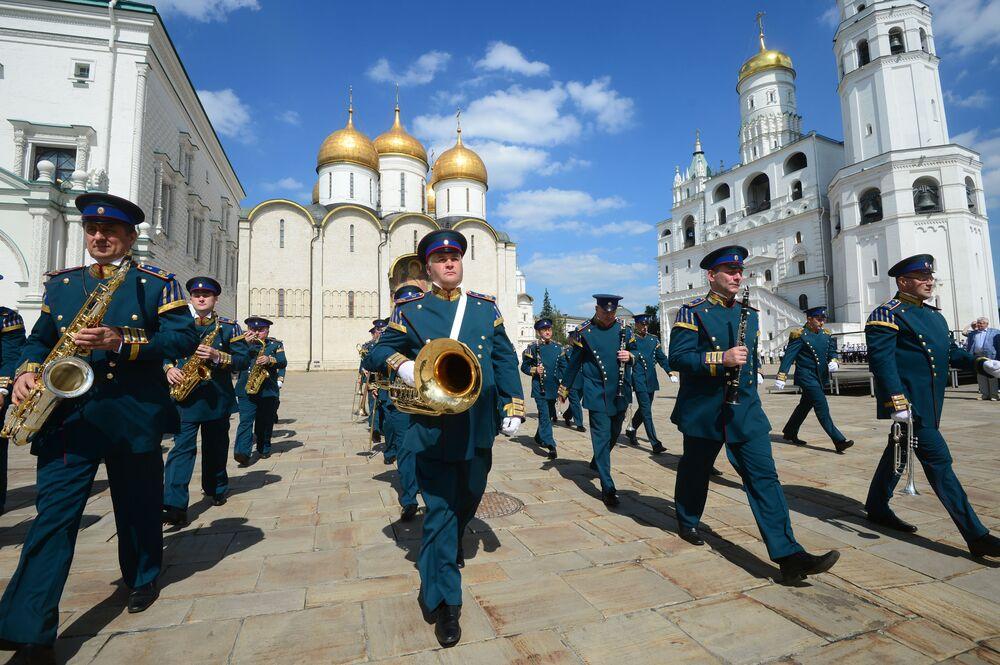 Przygotowania do festiwalu Spasskaya Wieża