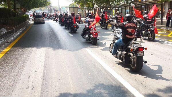 Członkowie tureckiego klubu motocyklowego Anatolian Tigers - Sputnik Polska
