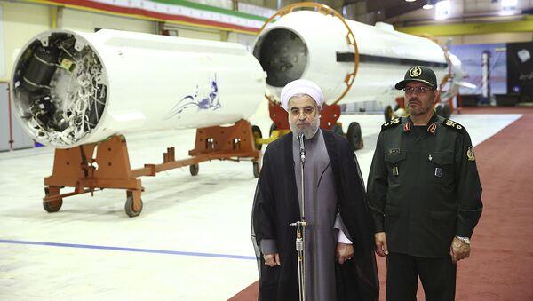 Prezydent Iranu Hassan Rouhani i minister obrony Hossein Dehghan - Sputnik Polska