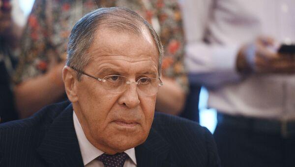 Minister spraw zagranicznych Rosji Siergiej Ławrow na spotkaniu z dowódcą Libijskiej Armii Narodowej marszałkiem Chalifą Haftarem - Sputnik Polska