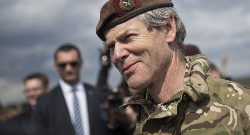 Zastępca dowódcy połączonych sił NATO w Europie, brytyjski generał Adrian Bradshaw