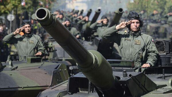 Parada z okazji Święta Wojska Polskiego - Sputnik Polska