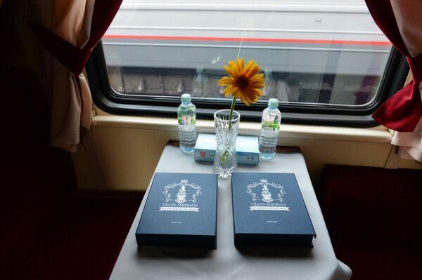 Przedział pociągu turystycznego Carska Rosja wyruszającego w podróż z Moskwy do Pekinu - Sputnik Polska