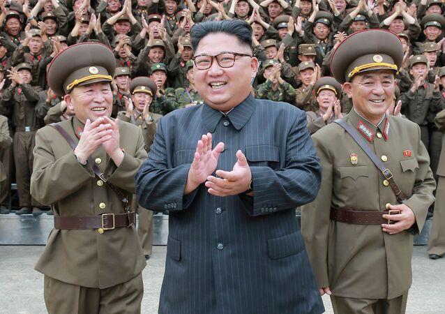 Przywódca Korei Północnej Kim Dzong Un w Pjongjangu