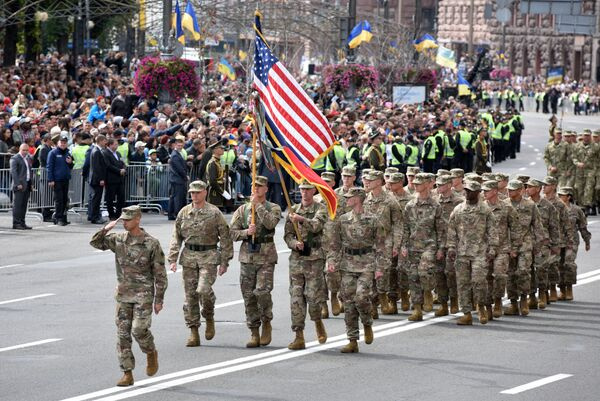 Parada z okazji Dnia Niepodległości Ukrainy - Sputnik Polska