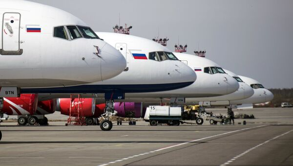 Samoloty linii lotniczej Royal Flight na lotnisku Domodiedowo - Sputnik Polska