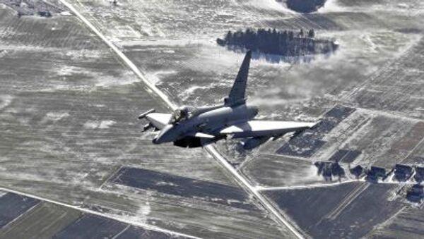 Włoski myśliwiec Eurofighter Typhoon - Sputnik Polska