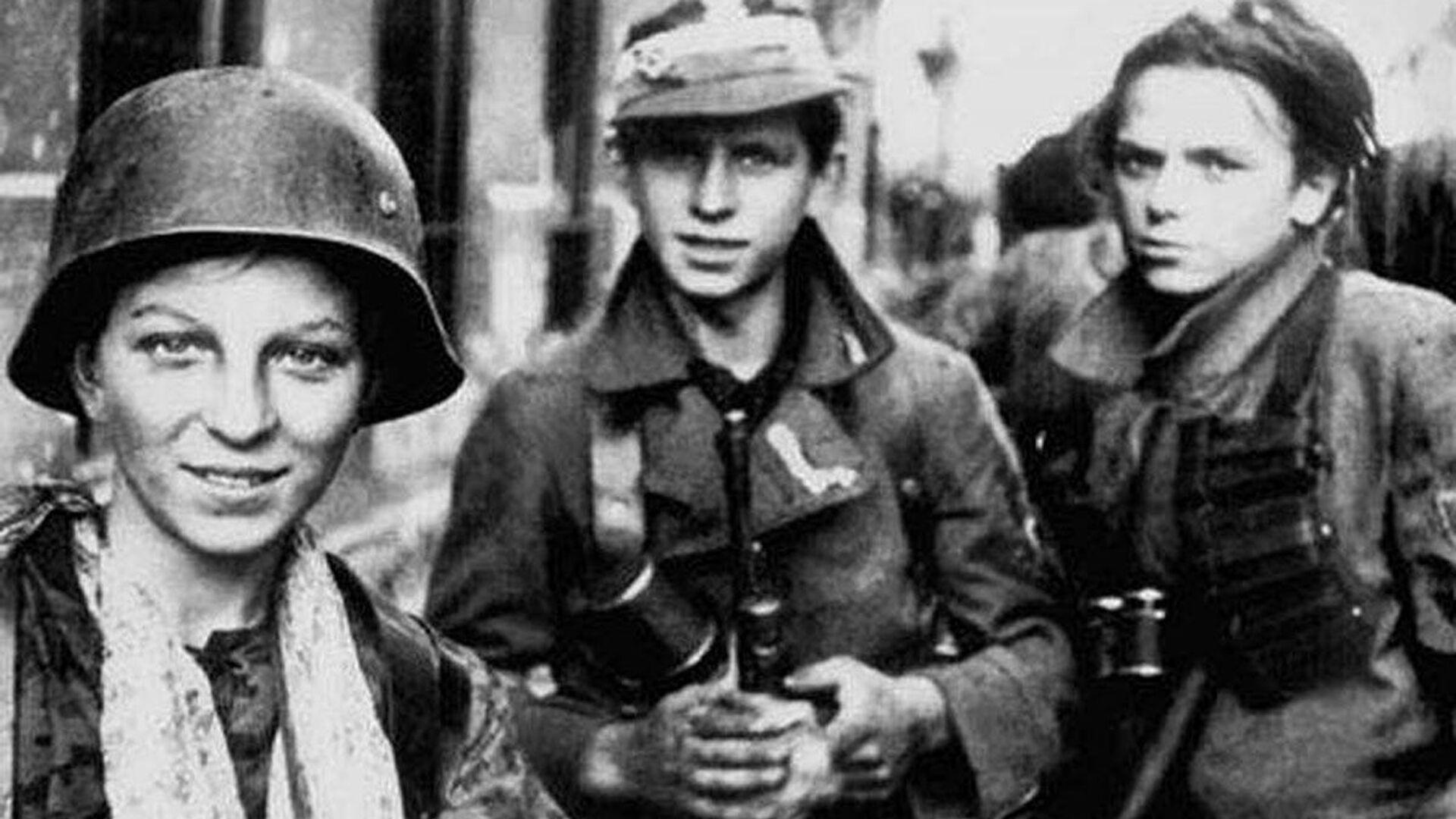 Harcerze, Powstanie Warszawskie - Sputnik Polska, 1920, 31.07.2021