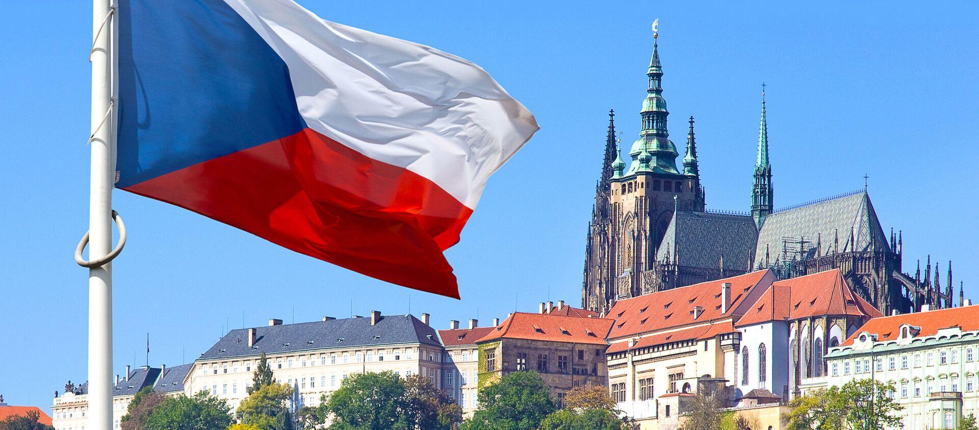 Czeska flaga w historycznym rejonie Pragi - Sputnik Polska, 1920, 26.03.2021