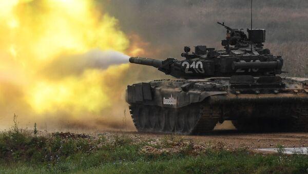 Czołg T-90 na międzynarodowym forum Armia-2017 - Sputnik Polska