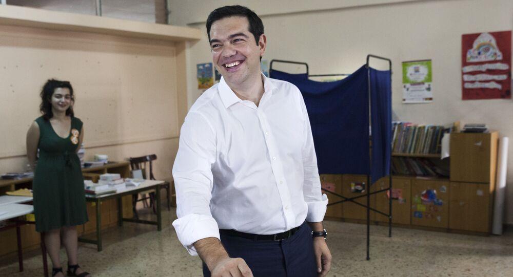 Premier Grecji Aleksis Tsipras głosuje w referendum