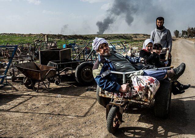 Praca włoskiego fotografa Alessandro Rota z cyklu Operacja w Mosulu, Irak