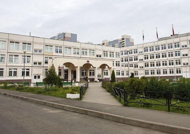 Budynek szkoły numer 1 w podmoskiewskiej Iwantiejewce