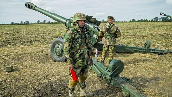Wojskowi Armii Narodowej Mołdawii na ćwiczeniach wojskowych - Sputnik Polska