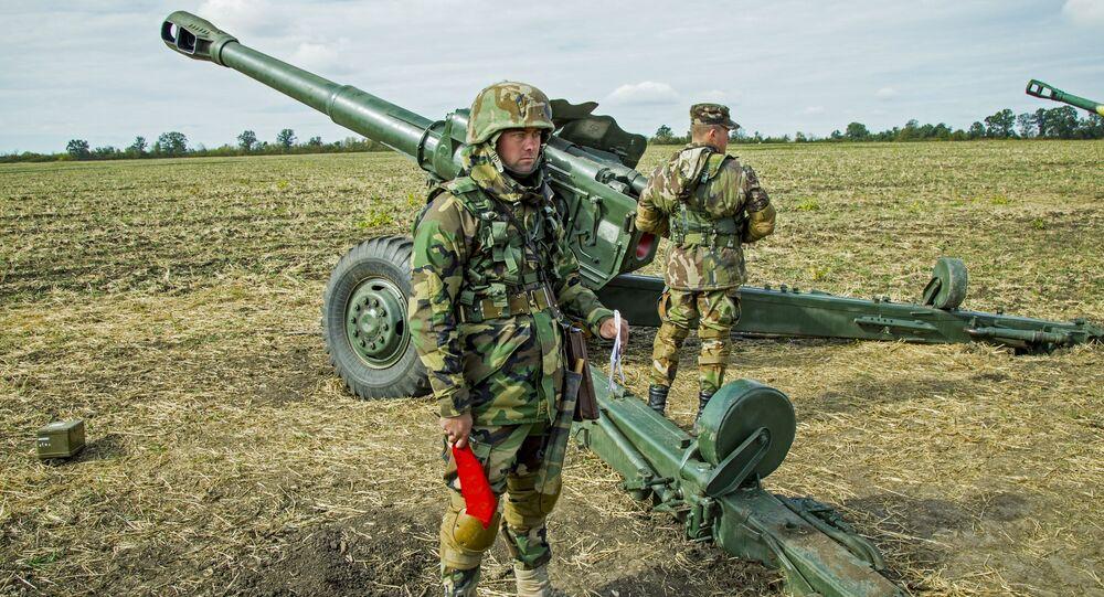 Wojskowi Armii Narodowej Mołdawii na ćwiczeniach wojskowych